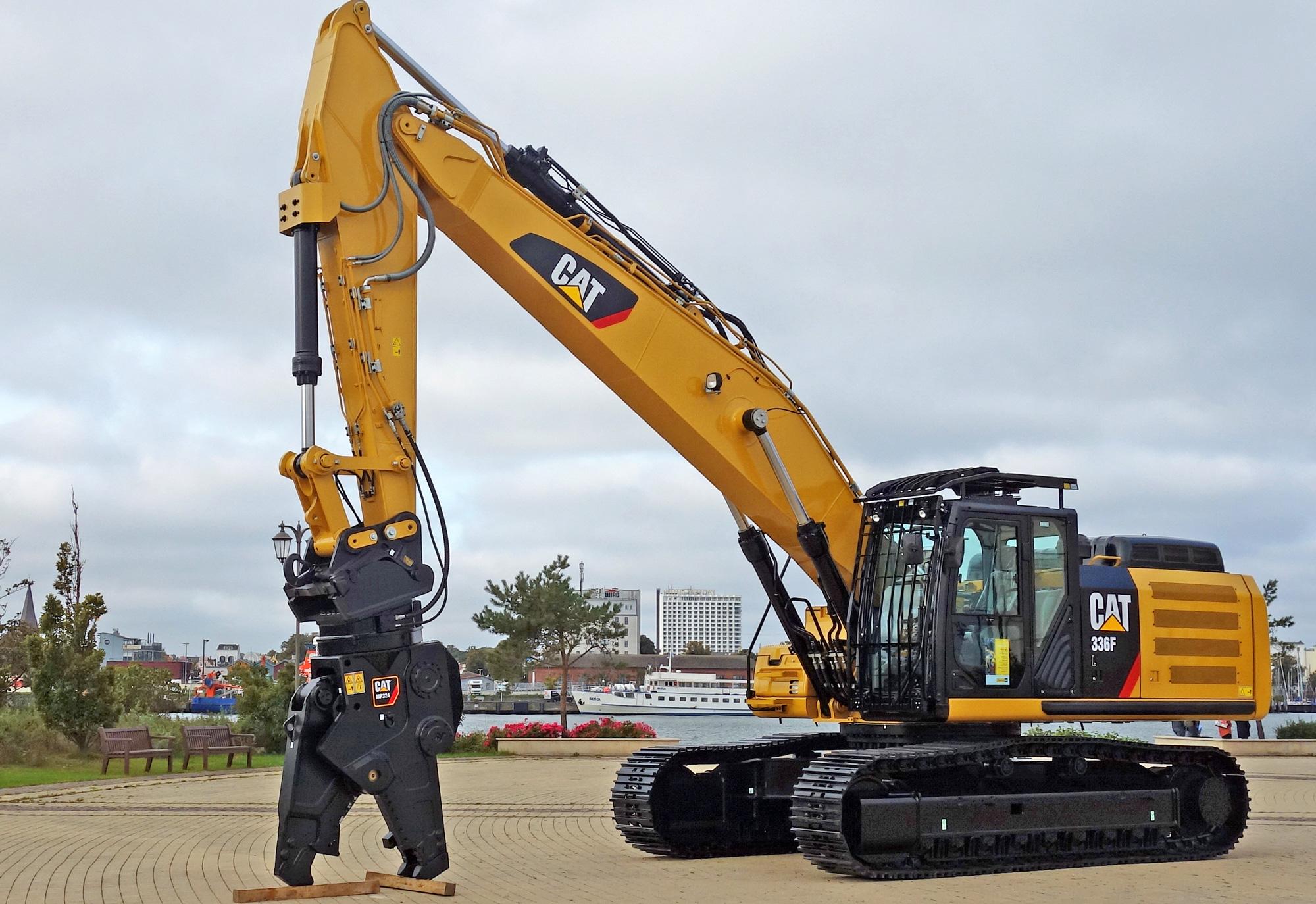 Der neue Cat 336F SB speziell für den Abbruch mit geradem Ausleger, mehr Kontergewicht und vielen anderen Ausstattungsmerkmalen.